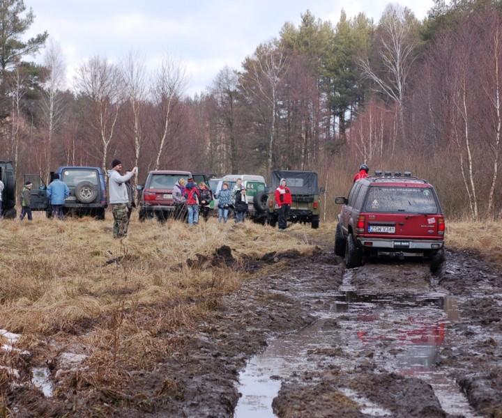 Offroadowe poszukiwania wiosny z dzieciakami z Leszna