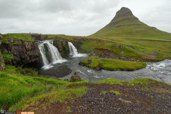 Wodospad Kirkjufellsfoss i góra Kirkjufell
