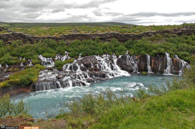 Wodospady Hraunfossar