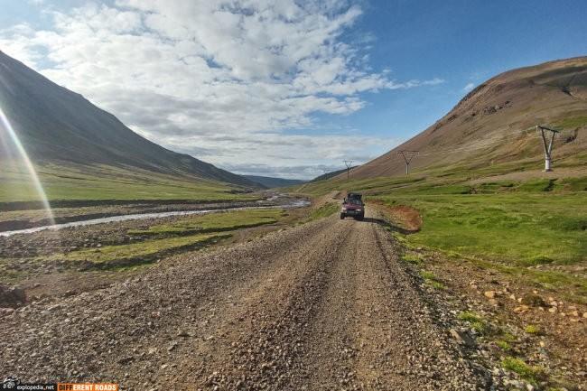 Droga 936 Þórdalsheiðarvegur w kierunku Reyðarfjörður