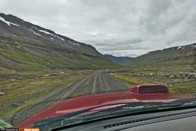Droga 953 w kierunku Mjóifjörður